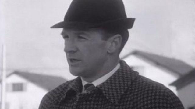Gaston Pelletier, entraîneur du HC La Chaux-de-Fonds en 1968. [RTS]