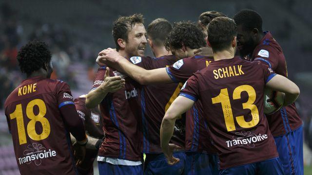 Servette célèbre un goal contre le FC Vaduz en Challenge League. [Salvatore Di Nolfi - Keystone]