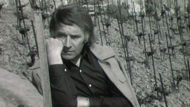 Franz Weber en 1972 dans le Lavaux. [RTS]