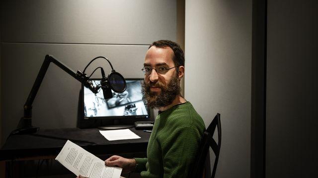 Alain Freudiger, le documentaliste qui redonne voix aux archives de la RTS. [Laurent Bleuze - RTS]