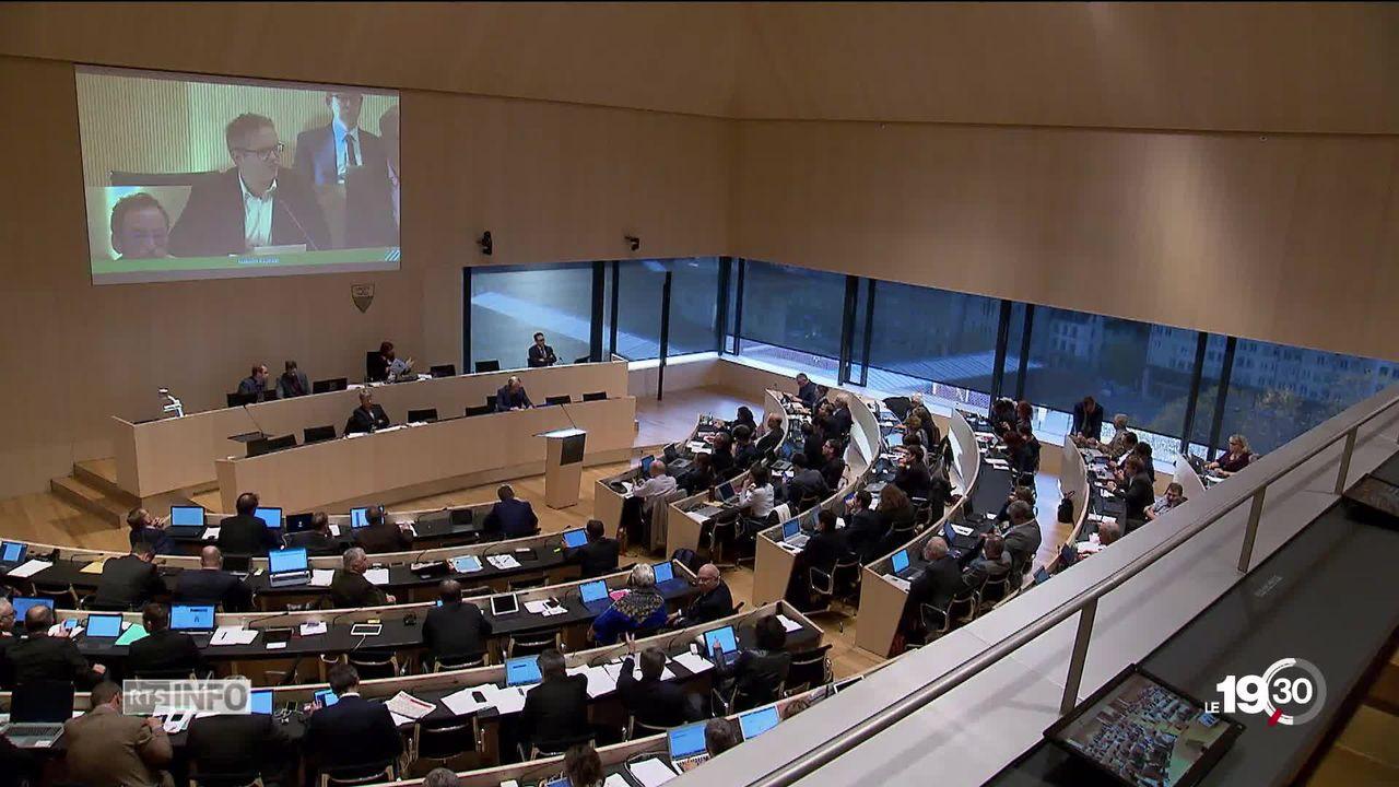 Dans le canton de Vaud les députés se préoccupent de l'arrivée de la 5G. La mobilisation continue sur le terrain. [RTS]