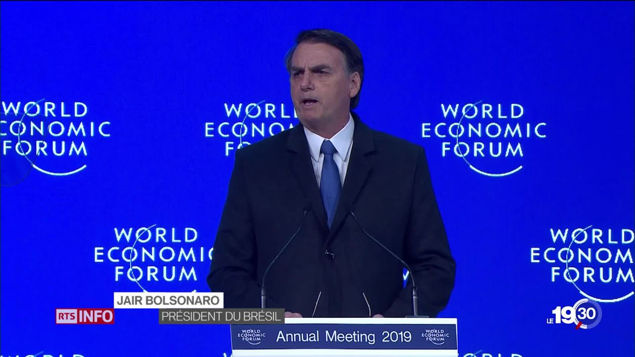 Jair Bolsonaro atteint le cap symbolique des cent jours à la tête du Brésil. Sa cote de popularité est en baisse. [RTS]