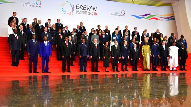 Les participants au 17e sommet de la Francophonie à Erevan, en Arménie, le 11.10.2018. [Participants of the Francophonie Summit 2018 pose for a photo, during opening ceremony in Yerevan, Armenia, Thursday, Oct. 11, 2018. (Davit Hakobyan/PAN Photo via AP) - Keystone]