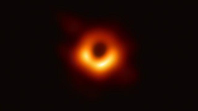 La première image d'un trou noir. [National Science Foundation]