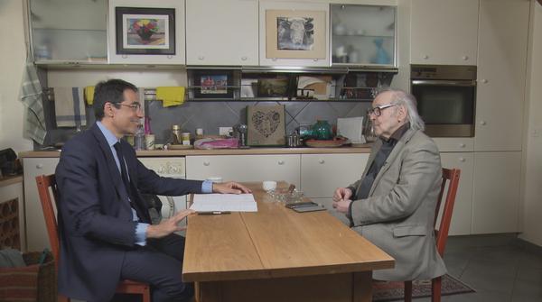 Jean-Luc Godard au micro de Darius Rochebin.