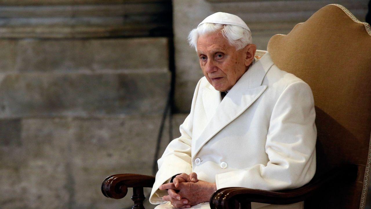Le pape émérite Benoît XVI (ici en décembre 2015). [Gregorio Borgia - AP/Keystone]
