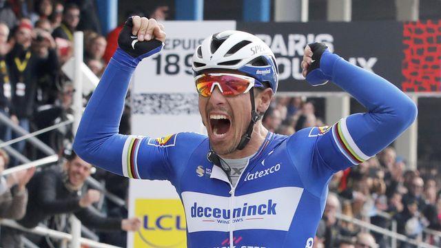 "Philippe Gilbert remporte son 4e ""monument"". [Christophe Ena - Keystone]"