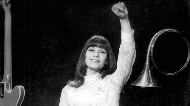 La chanteuse fribourgeoise Arlette Zola dans les années 60. [RTS]