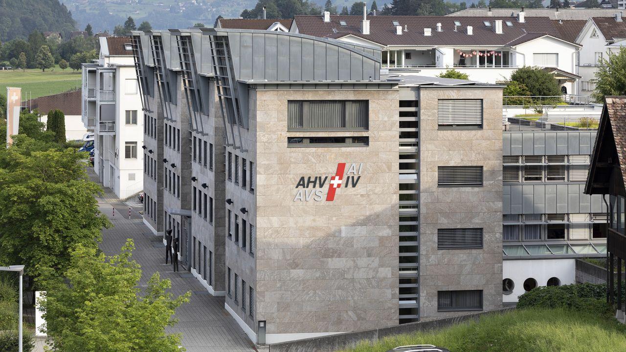 Le bâtiment de l'AVS-AI du canton de Schwyz. [Gaetan Bally - KEYSTONE]