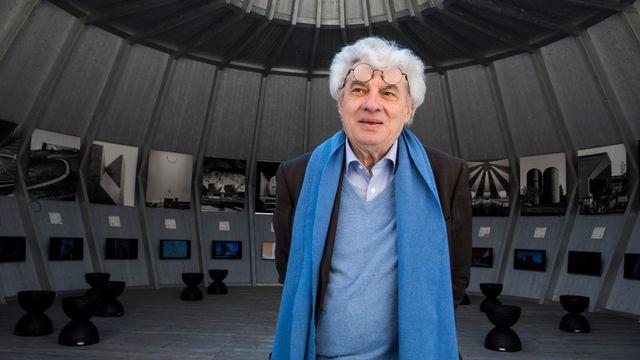 """Mario Botta à la pinacothèque Rusca de Locarno pour son exposition """"L'Espace sacré"""". [Alessandro Crinari  - Ti-Press/Keystone]"""
