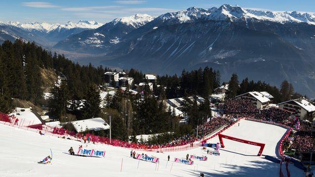 Crans-Montana accueille depuis quelques années des épreuves Coupe du monde dames. [Jean-Christophe Bott - Keystone]
