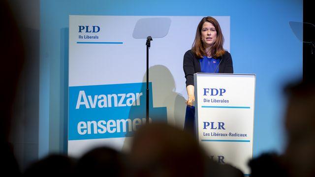La présidente du PLR Petra Gössi devant les délégués à Flawil (SG). [Christian Merz - Keystone]