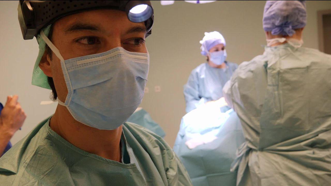 Le boom de la chirurgie esthétique chez les hommes. [RTS]