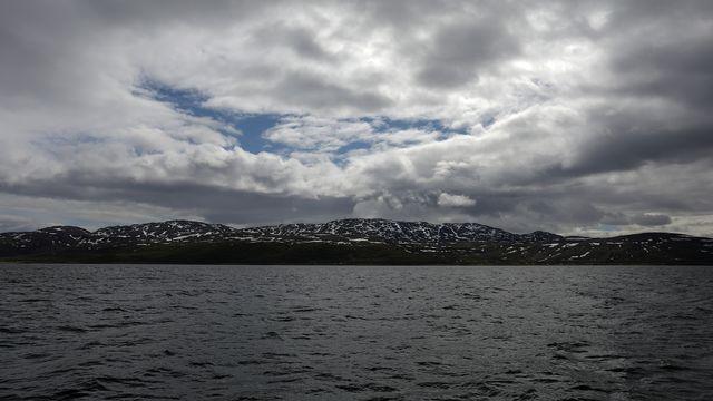 Les collines du Repparfjord, en Norvège. [Stoyan Nenov - Reuters]