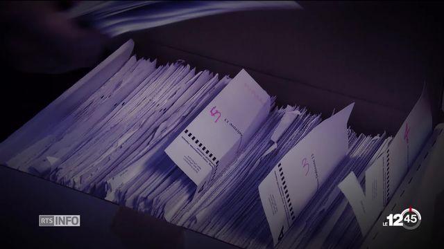 Le Ministère public genevois ouvre une enquête pour fraude électorale à l'encontre d'un employé du Service des votations. [RTS]