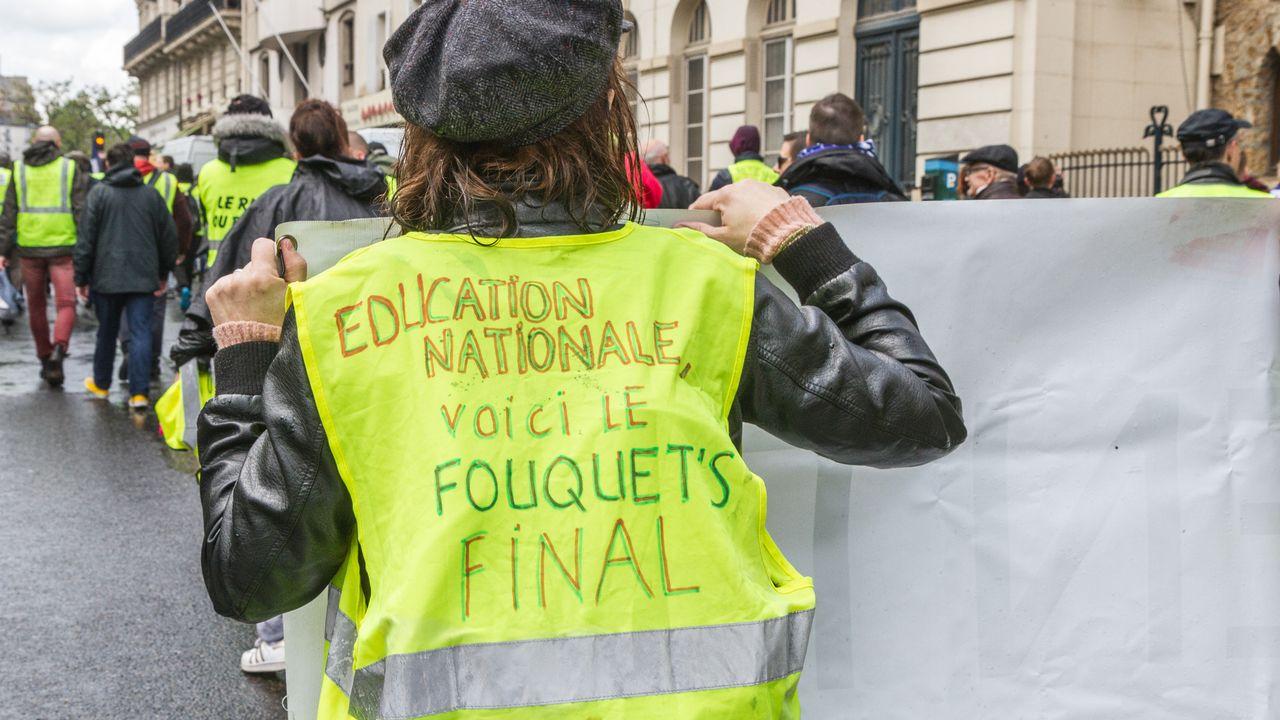 """Après bientôt six mois de mobilisation, le mouvement des """"gilets jaunes"""" semble s'essouffler. [Amaury Cornu / Hans Lucas - AFP]"""