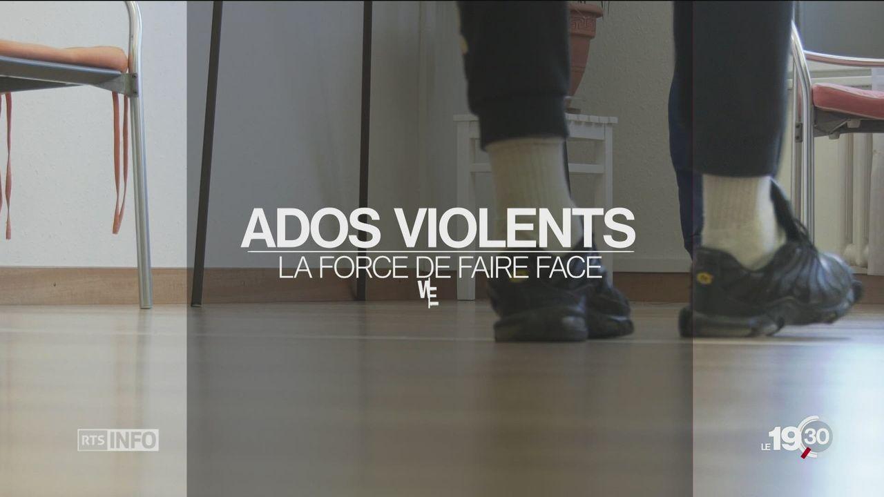 La RTS a suivi six jeunes violents pendant trois jours dans l'association Face à Face. [RTS]