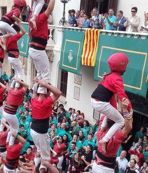 pick up d9e9c 7e91f Les tours humaines de Vilafranca