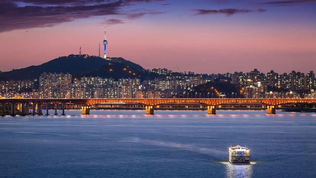 Vue sur la ville de Séoul [panyaphotograph - fotolia]