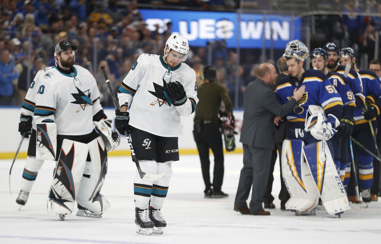 Timo Meier et les Sharks sont tombés sur plus forts qu'eux face à St-Louis. [Jeff Roberson - Keystone]