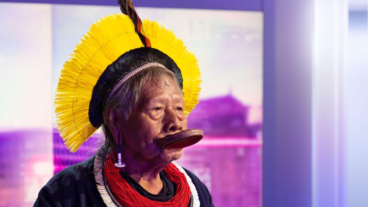 Pardonnez-moi: Portrait du chef indigène brésilien Raoni Metuktire. [Laurent Bleuze - RTS]