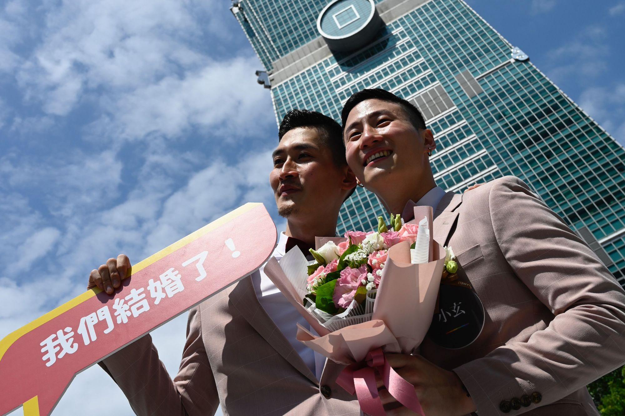 Les premiers mariages homosexuels en Asie ont été enregistrés à Taïwan