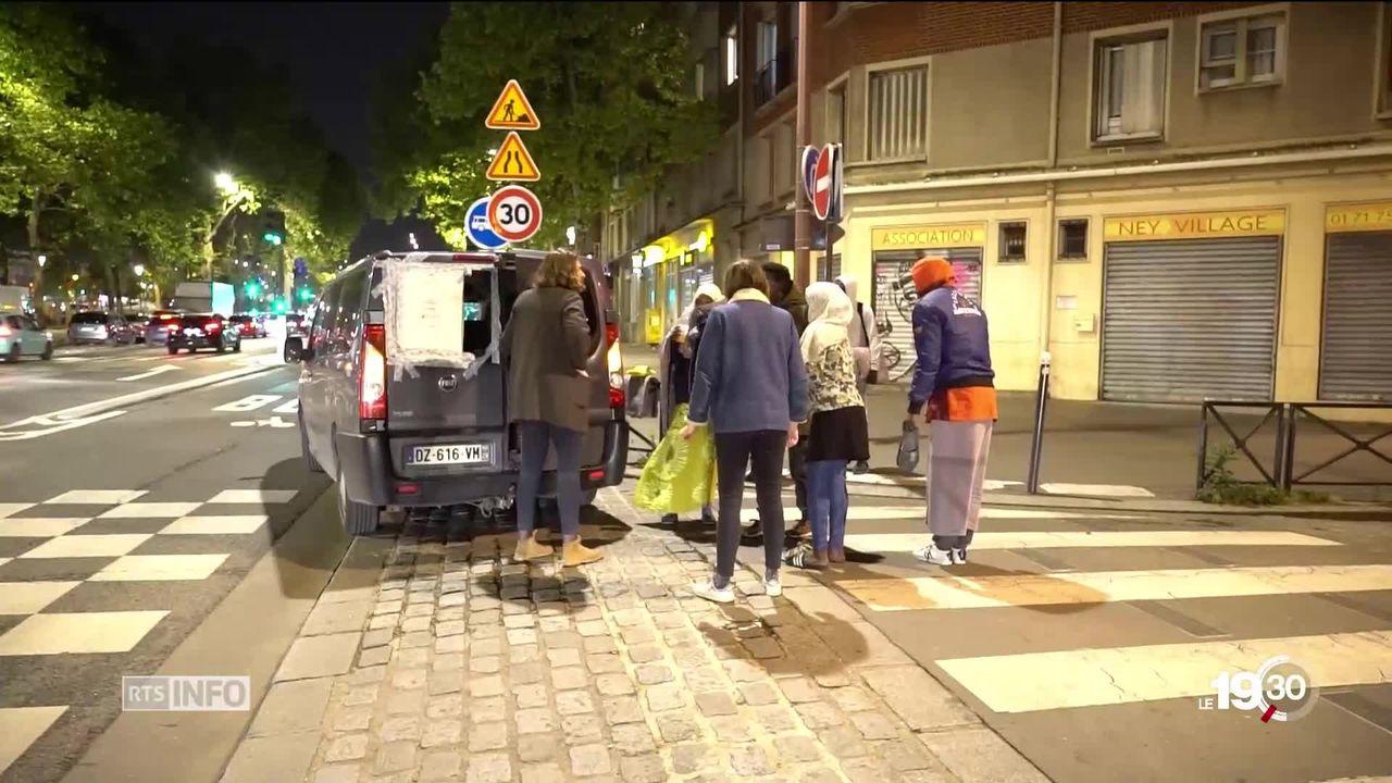 Quatre ans après le début de la crise migratoire, l'urgence sociale est toujours d'actualité à Paris [RTS]