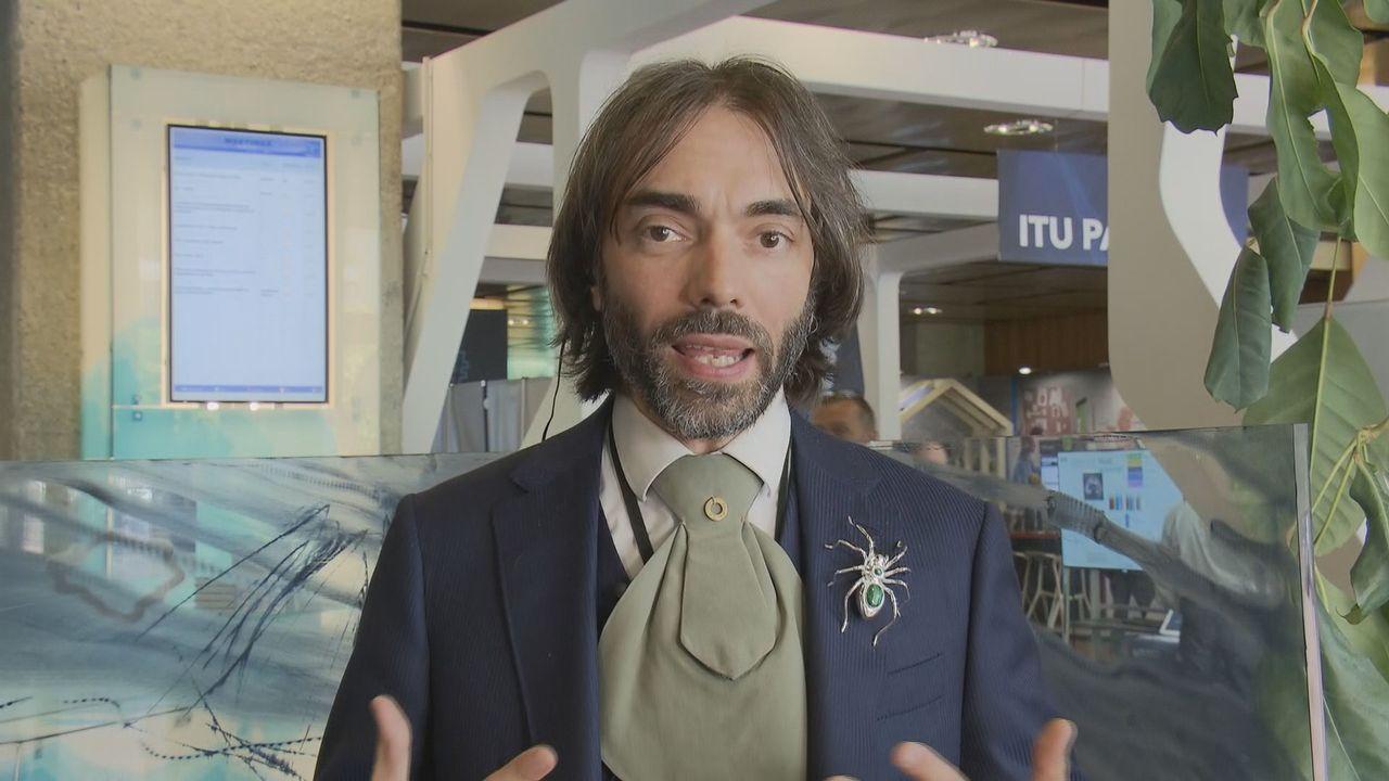 """""""Pour taxer les GAFA, seule l'échelle européenne fait sens; l'échelle nationale n'est qu'une première étape"""", selon Cédric Villani. [RTS]"""