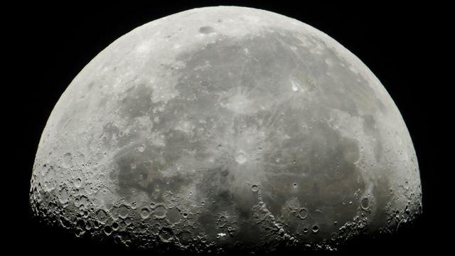 La NASA prévoit de renvoyer des astronautes sur la Lune vers 2024. [Peter Komka  - Keystone ]