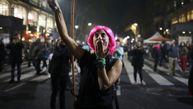 Une femme proteste contre les violences en Argentine, le 3 juin 2019 (image d'illustration). [Natacha Pisarenko - Keystone]