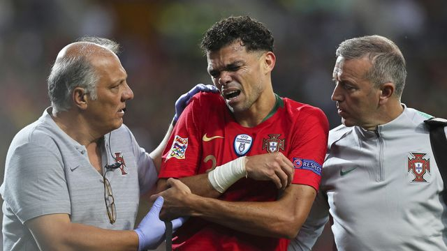 Pepe suivra la finale depuis les tribunes. [Jose Coelho - Keystone]