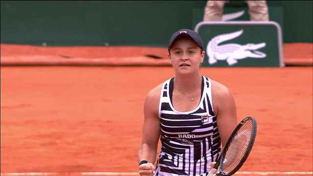 1-2, A.Barty (AUS) – A.Anisimova (USA) 6-7, 6-3, 6-3: Barty rejoint Vondrousova en finale! [RTS]
