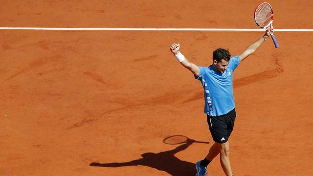 Thiem a fêté sa première victoire en 5 sets à Roland-Garros. [Pavel Golovkin - Keystone]