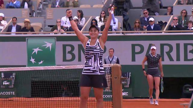 Roland-Garros: Ashleigh Barty soulève pour la première fois le trophée Suzanne Lenglen [RTS]
