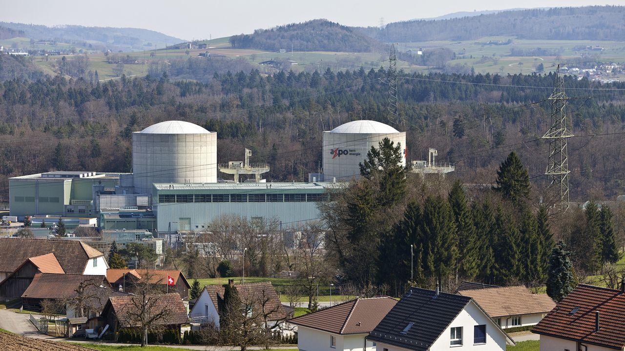 Beznau I et II, en Argovie. En service depuis 1969, le bloc I est le plus ancien réacteur commercial nucléaire en fonction au monde. [Gaetan Bally - KEYSTONE/]