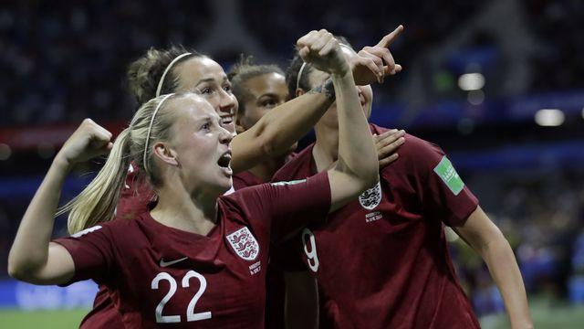 La joie des Anglaises après le seul but de la rencontre. [Alessandra Tarantino - Keystone]
