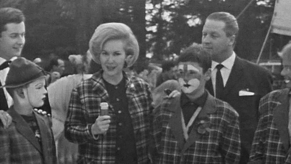 Une visite au cirque Knie en 1963. [RTS]