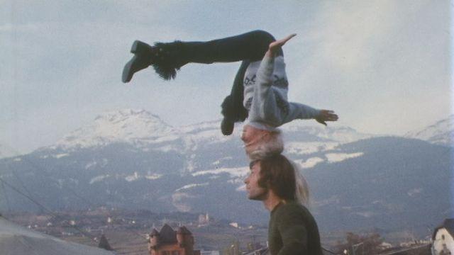 Le lien très fort d'une père et de sa fille équilibriste en 1972. [RTS - RTS]