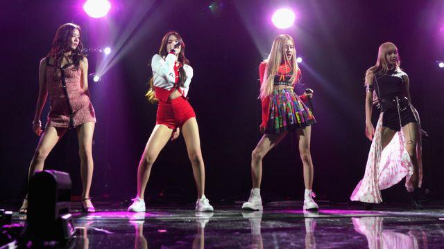Le groupe féminin de K-pop Blackpink sur scène à Los Angeles, le 9 février 2019. [JC Olivera / GETTY IMAGES NORTH AMERICA -  AFP]