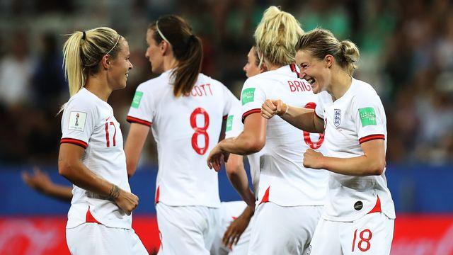 L'Angleterre Ellen White (18) a réussi un doublé contre le Japon. [Valery Hache]