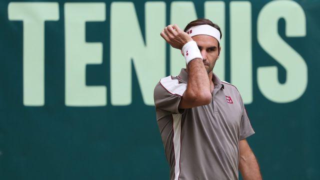 Roger Federer n'a pas eu la tâche facile face à Jo-Wilfried Tsonga. [Focke Strangmann - Keystone]
