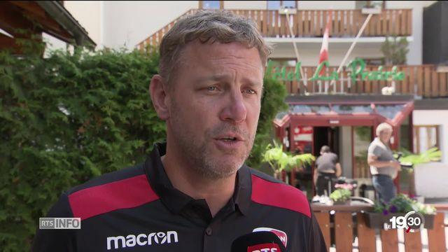 Le FC Sion prépare sa nouvelle saison avec à sa barre Stéphane Henchoz, l'ancien mentor de Xamax. [RTS]
