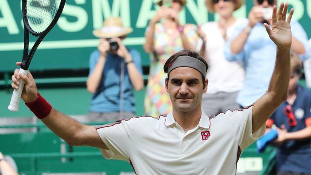 Federer vise dimanche un 10e titre sur gazon allemand. [Focke Strangmann - Keystone]