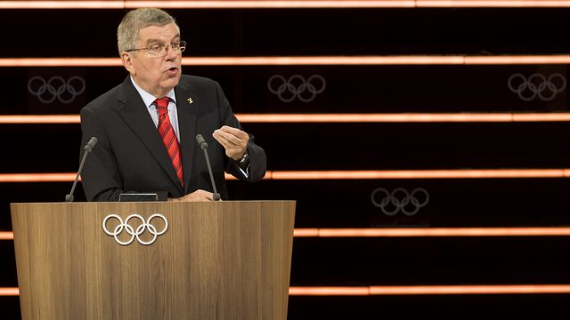 Le CIO présidé par Thomas Bach s'est prononcé sur les 4 sports qui seront ajoutés à Paris en 2024. [Jean-Christophe Bott - Keystone]