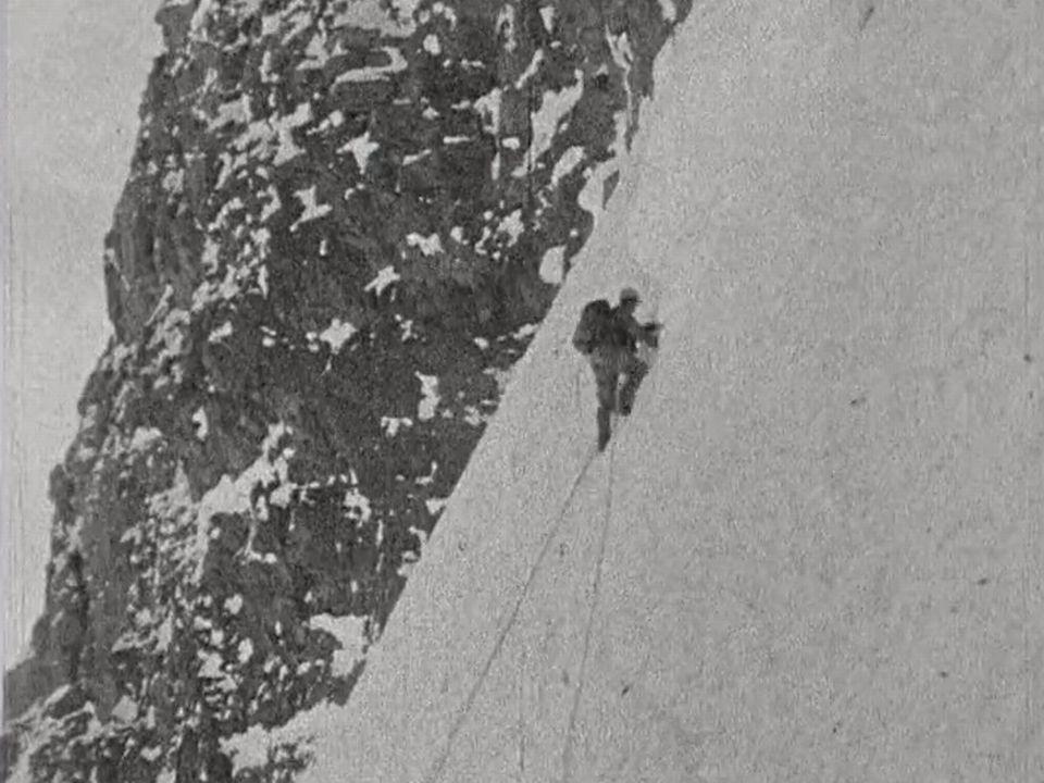Alpiniste sur la parois de l'Eiger. [RTS]
