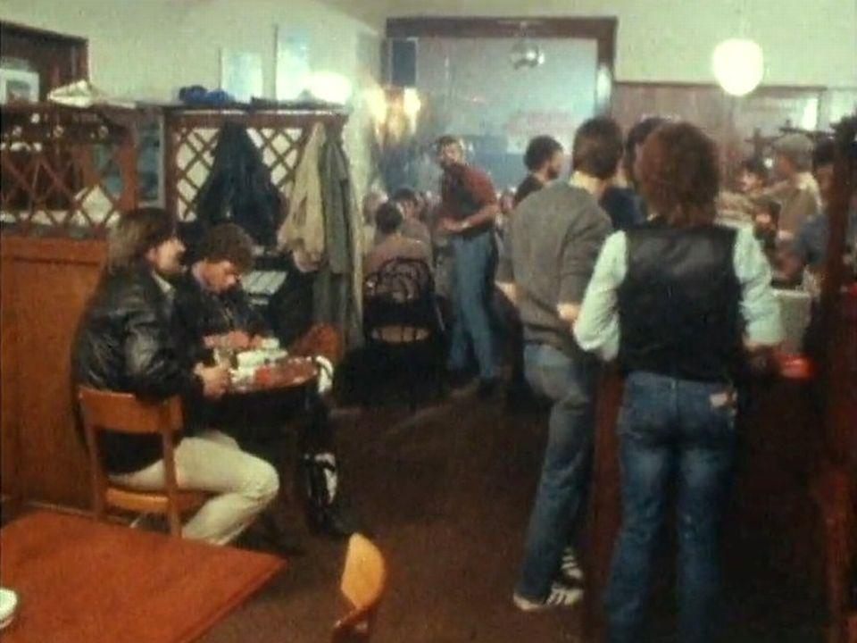 Café réservé aux homosexuels [RTS]