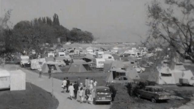 Le camping de Martigny en 1964. [RTS]