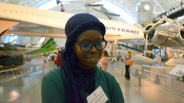 Fatoumata Kébé au musée Air and Space à Washington D.C. en 2017. Jesswade88 Creative Commons Attribution-Share Alike 4.0 International license [Jesswade88 - Creative Commons Attribution-Share Alike 4.0 International license]