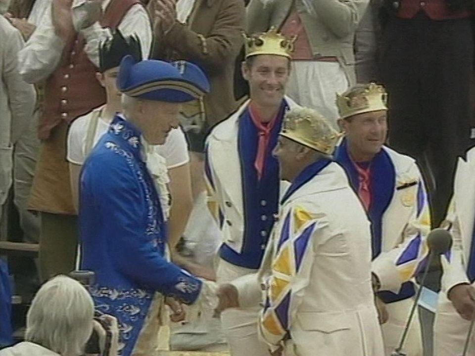 La cérémonie du couronnement [RTS]