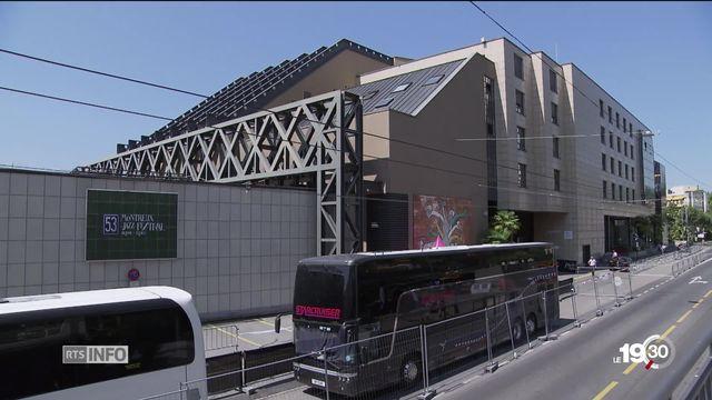 À Montreux, après le rejet de la rénovation du Centre de congrès en février, un autre projet plus modeste pourrait émerger. [RTS]